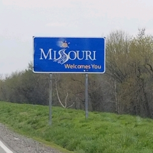 Missouri state sign
